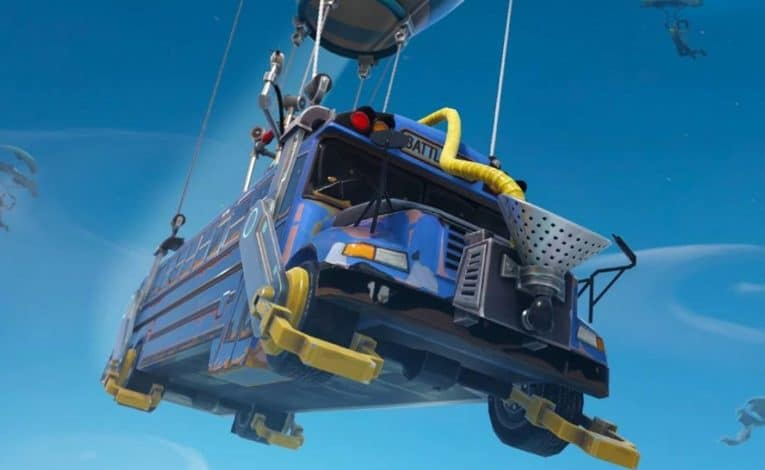 Fortnite - Battle Bus - (C) Epic Games