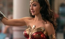 Gal Gadot als Wonder Woman - © 2020 Warner Bros. Entertainment Inc. - Clay Enos, DC Comics